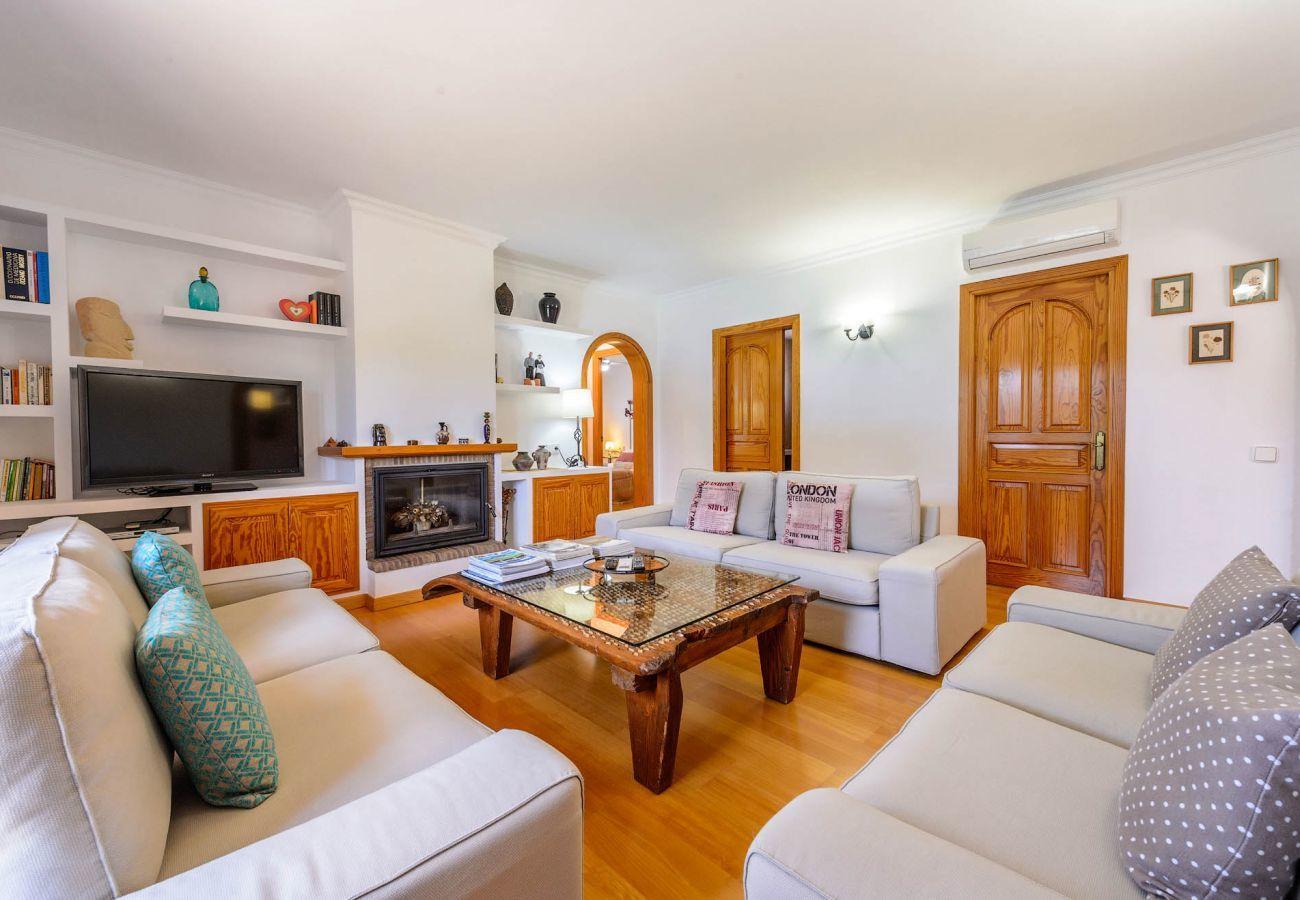 Villa in San Rafael de Sa Creu/ Sant Rafael de Sa Creu - VILLA RACO IBIZA
