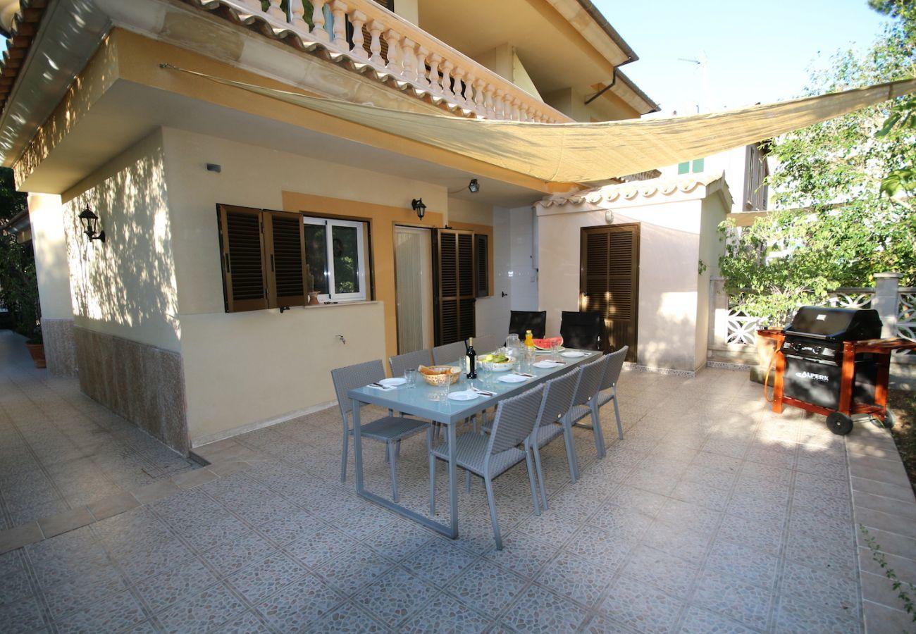 4 DSZ, 2 Bäder, Garten, Grill, Wifi-Internet, nur 250m zum Strand von Platjas de Muro/Port d'Alcudia