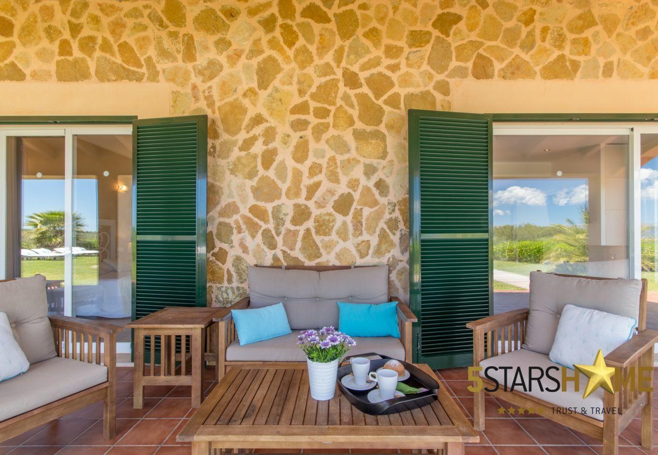 6 DSZ, 6 Bäder en suite, 1 Extrabadezimmer, Klimaanlage, gratis Wifi, Musikanlage, Garten,Pool, Grill und Relax-Zonen