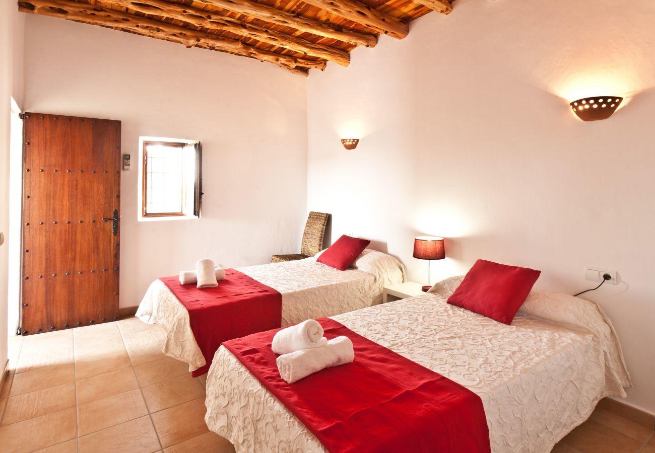 Villa in Santa Gertrudis - El Mago Can Roig, Finca 5StarsHome Ibiza