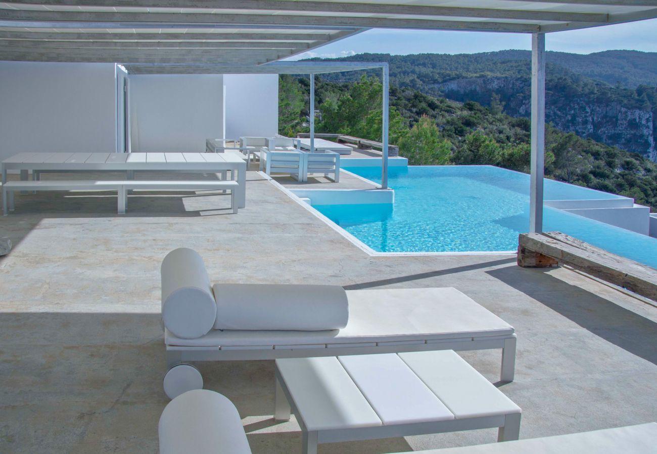 Villa in Sant Joan de Labritja - Blue Whale, Villa 5StarsHome Ibiza