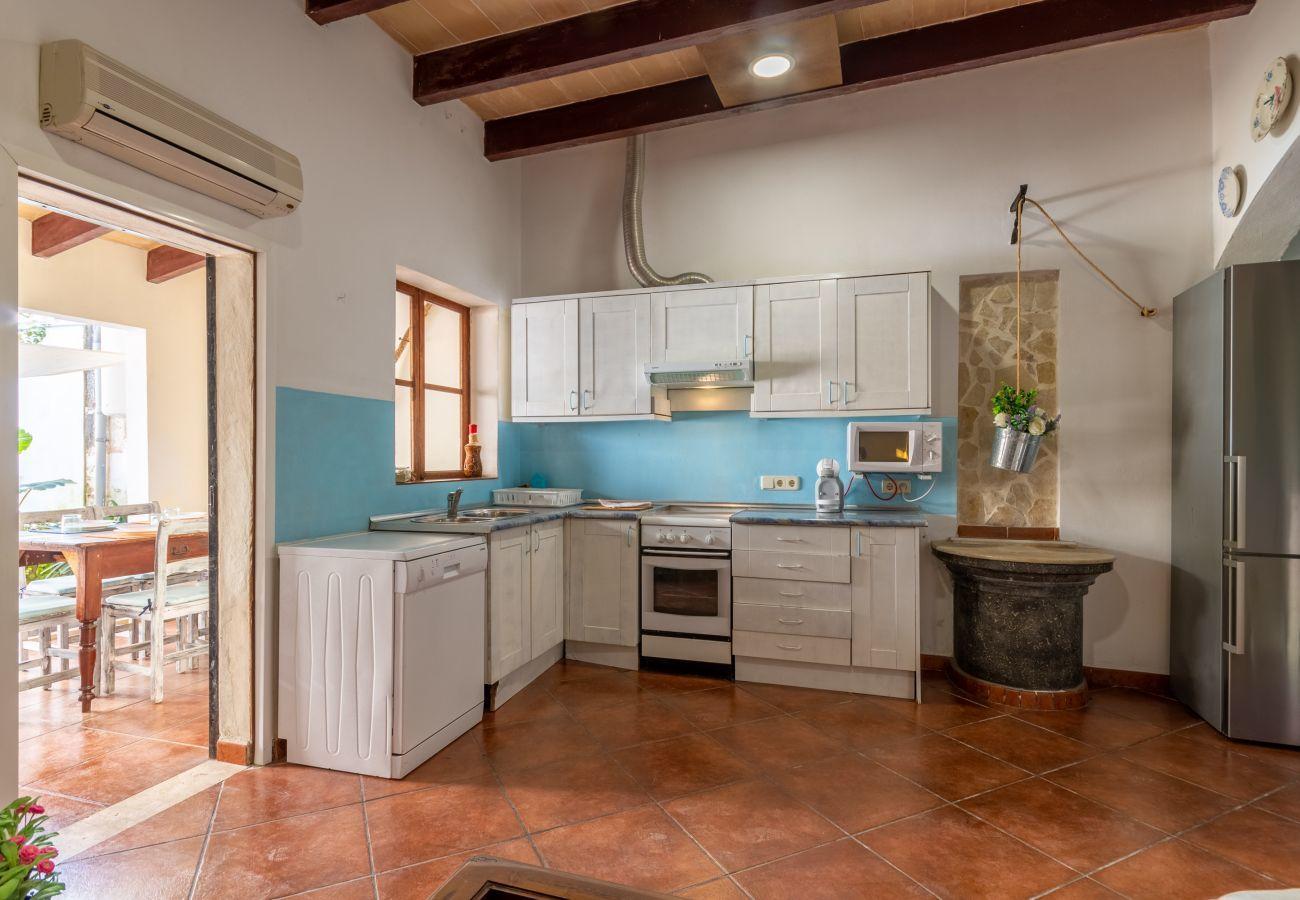 Ferienhaus in Sa Pobla - Cristeta de Sescola, Town House 5StarsHome Mallorc